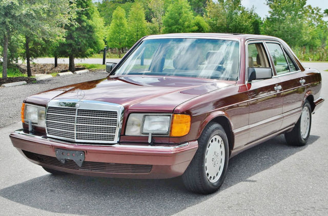 19910000 Mercedes-Benz 300-Series 39,177 original miles simply mint condition
