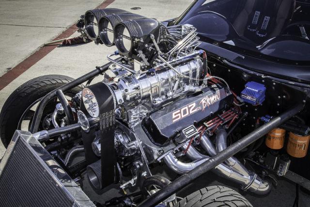 Pro Street 63 Corvette Split Window Replica Blown Injected