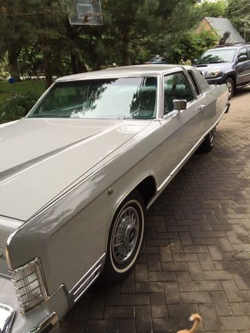 1977 Lincoln Continental Coupe