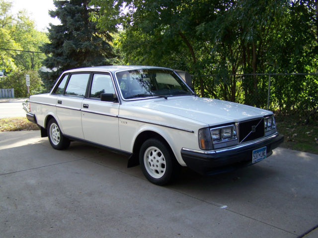 1985 Volvo 240 Factory Police Vehicle
