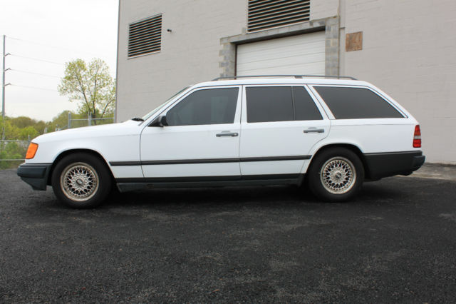 1989 Mercedes-Benz 300-Series 1989 MERCEDES-BENZ 300TE WAGON