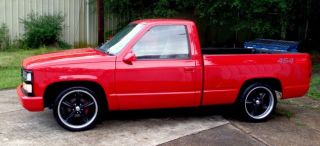 rare 1992 red 454 ss 45k chevy truck c 10 silverado 454ss overdrive 1378 made for sale photos. Black Bedroom Furniture Sets. Home Design Ideas