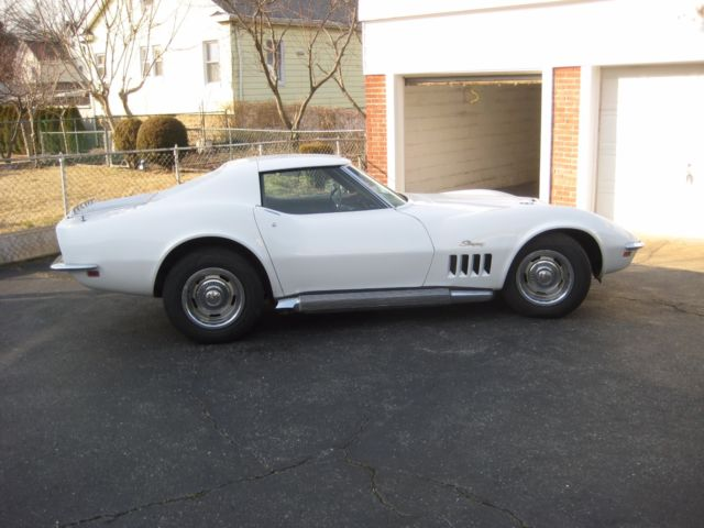1969 Chevrolet Corvette Chrome