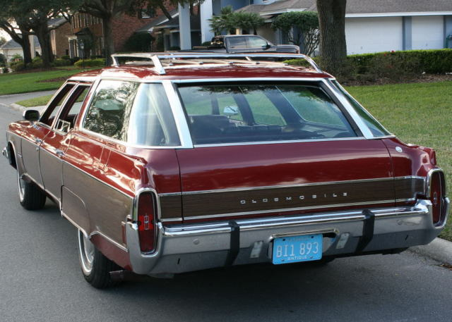 1973 Oldsmobile Ninety-Eight CUSTOM CRUSIER WAGON - 64K MI