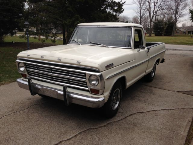 Really Nice and solid 1967 Ford F100 short bed pickup with a 351V8