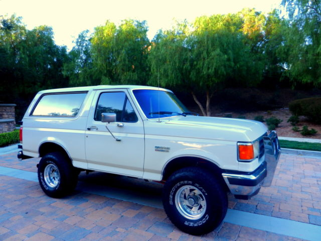 1989 Ford Bronco XLT