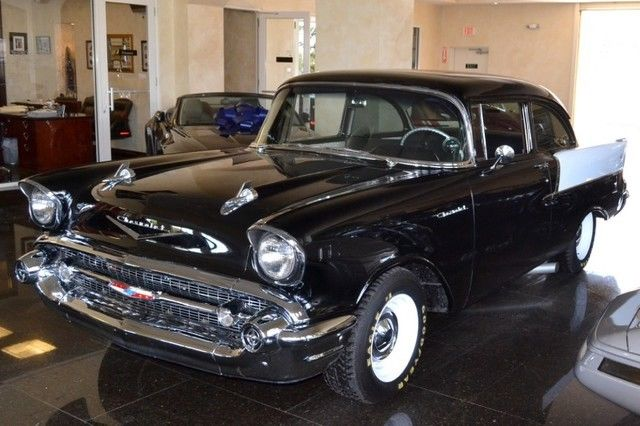 1957 Chevrolet Bel Air/150/210 Black Widow Clone