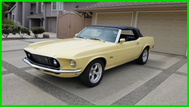 1969 Ford Mustang Convetible New Power Top and Interior