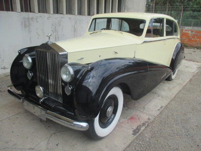 Rolls Royce 6 Light Saloon Restoration Project Barn Find
