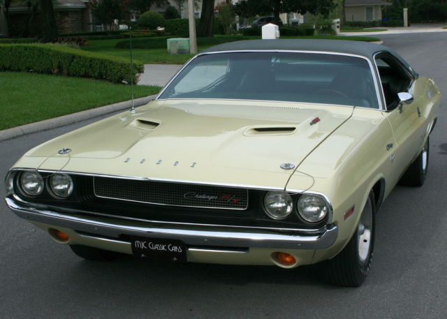 1970 Dodge Challenger RT/SE 440 SIX PACK - ROTISSERIE