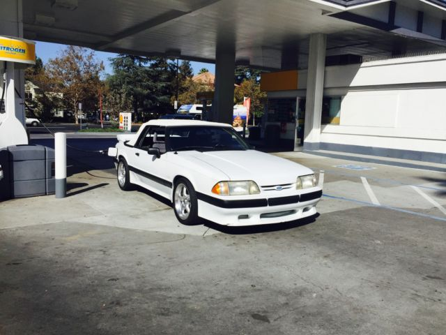 1988 Ford Mustang LX 5.0 Saleen