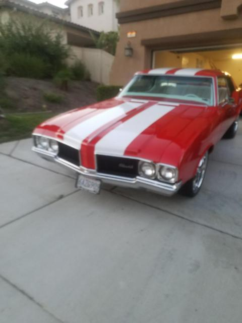 1970 Oldsmobile Cutlass Red