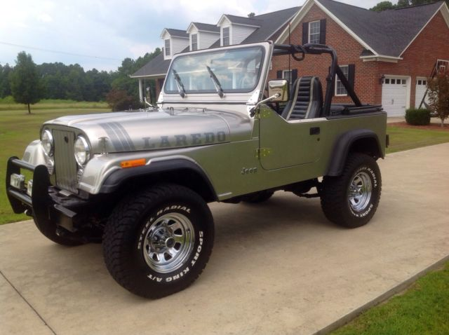 Silver in excellent condition Jeep CJ7 for sale: photos ...