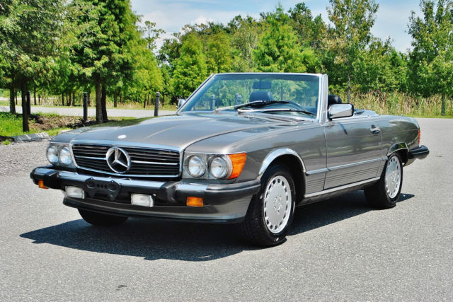 1987 Mercedes-Benz SL-Class Simply beautiful just 79ks new tires must see.