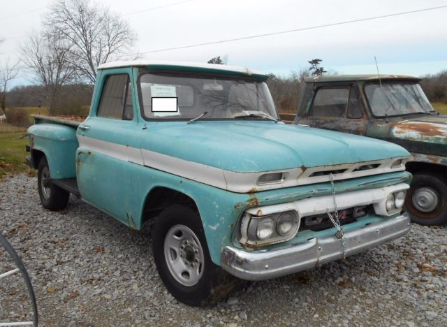 1965 Green GMC Sierra 2500 Standard Cab Pickup with Tan interior