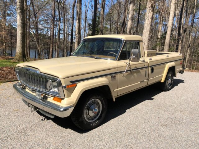 1985 Almond Jeep J10 Standard Cab Pickup with Tan Honeycomb interior