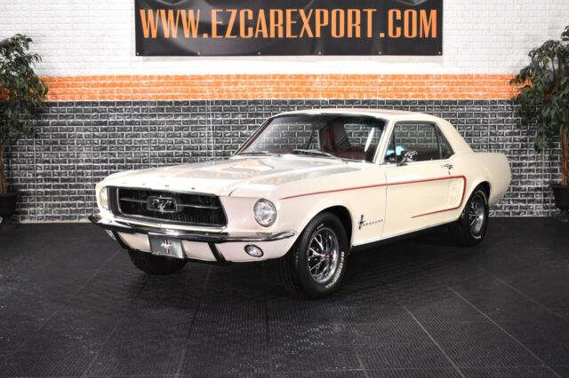 1967 Ford Mustang SPECTACULAR / FULLY RESTORED / WE SHIP WORLDWIDE