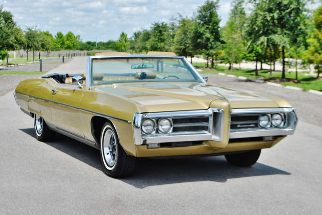 1969 Pontiac Bonneville loaded a/c low miles simply beautiful Wow