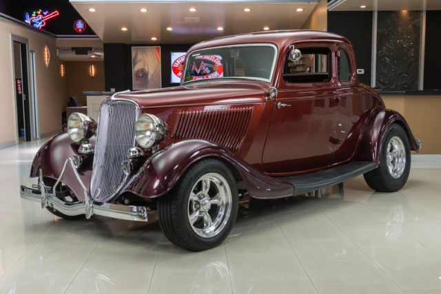 1933 Ford 5-Window Coupe Street Rod