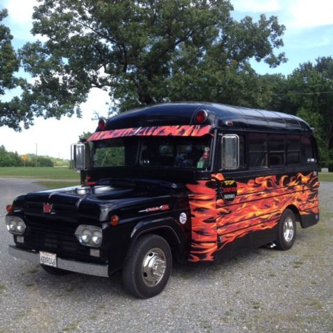 1960 Other Makes 350 Ford/Ward short bus 350