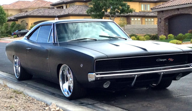 stunning 1968 dodge charger r t 440 restored matte black. Black Bedroom Furniture Sets. Home Design Ideas