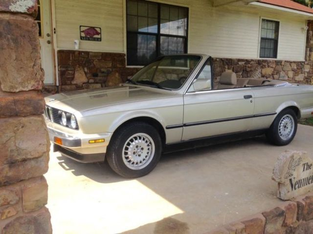 1990 BMW 3-Series Convertible 2dr coup