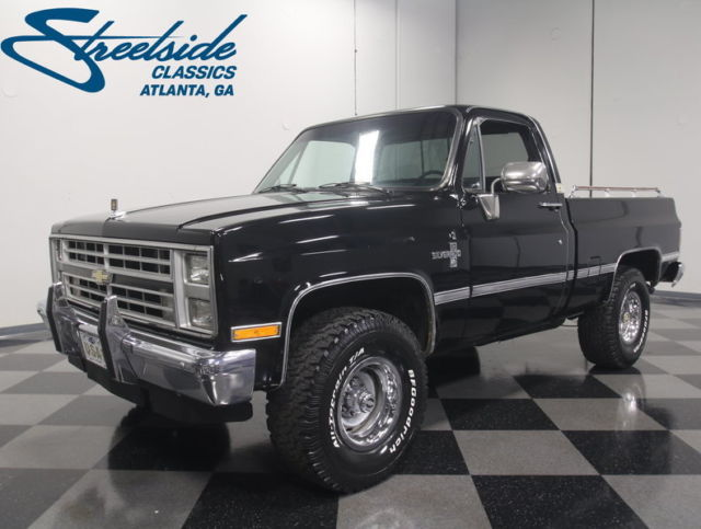 1987 Other Chevrolet K-10 4x4 Pickup (Truck) with Other interior