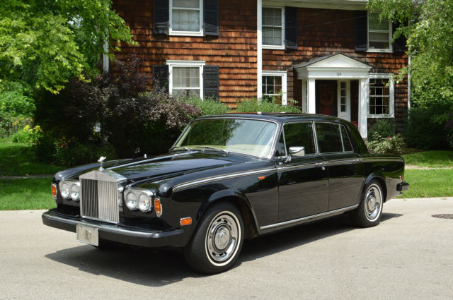 1979 Rolls-Royce Silver Shadow - II : 4 door sedan