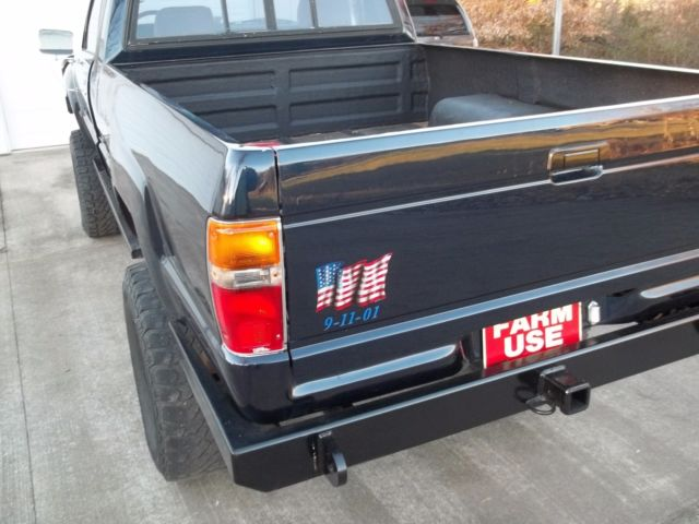 1984 Blue Toyota Other Extended Cab Pickup with Gray interior