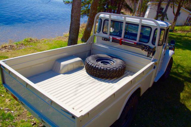 Toyota HJ45 Diesel Pickup Land Cruiser fj45 fj40 bj42 BJ40