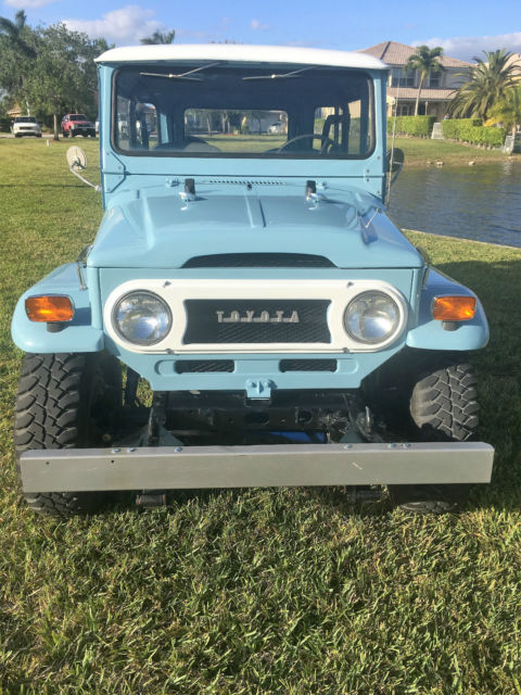 Toyota Land Cruiser fj40 nbolt restoration (Rare) Capri Blue numbers