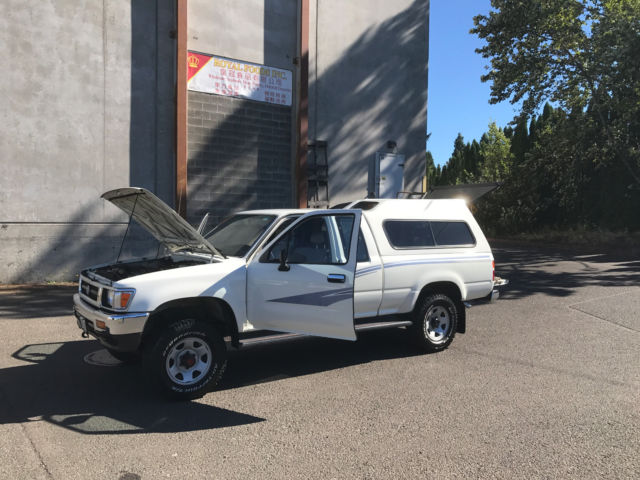 1988 Toyota Pickup  2WD 4,Cyl 22R 4,Speed Low Miles Only 141K