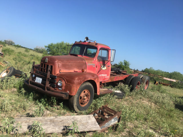 1951 International Harvester R190