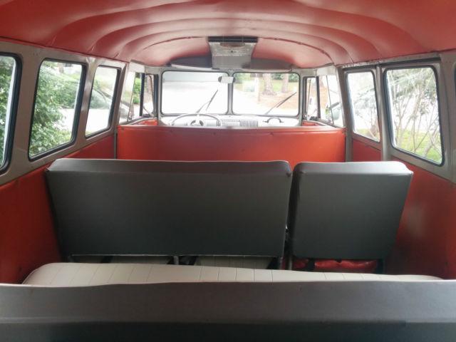 True 15 Window Vw T1 Bus Volkswagen Vanagon Kombi