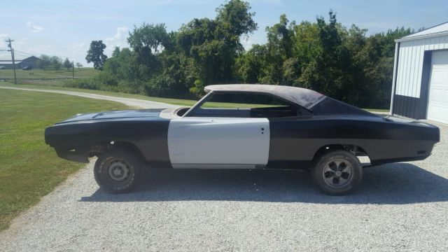 1969 Dodge Charger RT 440 4SPD DANA TRAC PACK
