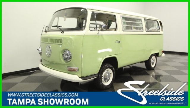 1972 Volkswagen Type 2 Bus