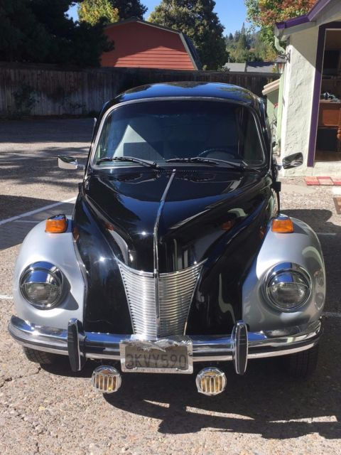 1973 Silver/ black Volkswagen Beetle - Classic with silver/ black interior