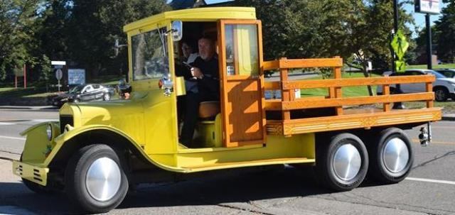1925 Ford Model T Flatbed Truck