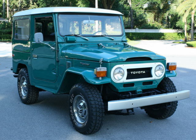 1975 Toyota Land Cruiser FJ40 SURVIVR