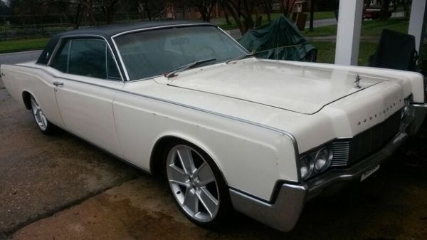 update price drop 1967 lincoln continental coupe for sale photos technical specifications. Black Bedroom Furniture Sets. Home Design Ideas