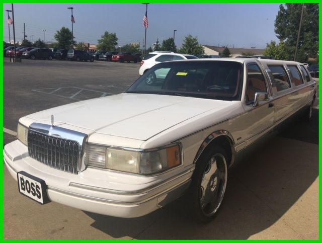 Used 94 Lincoln Towncar Limo 4 6l V8 Auto 5 Tvs White Leather
