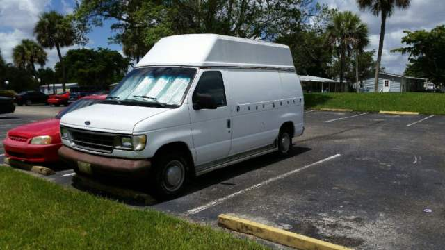 1993 Ford E-Series Van 250