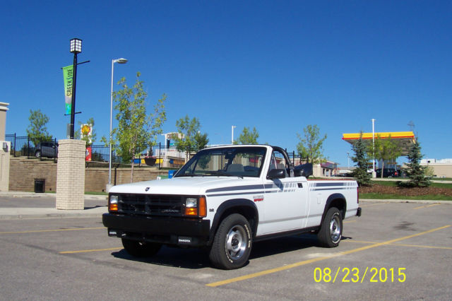 1990 Dodge Dakota Convertible