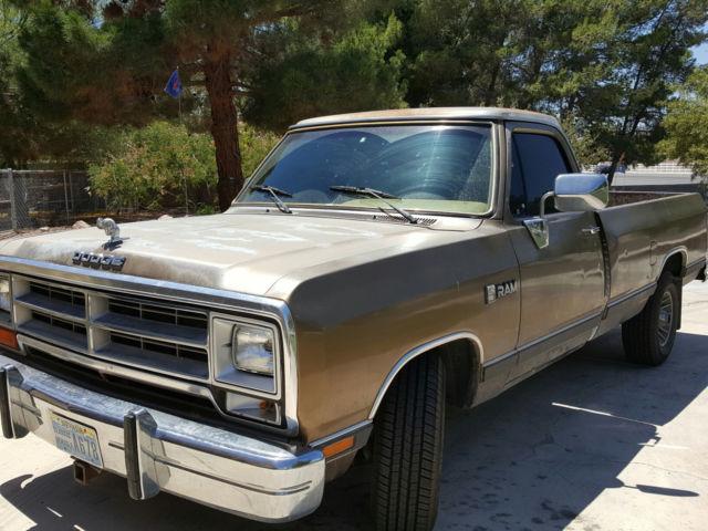Vintage 89 Dodge Ram D150 Pickup Full Size 8 Foot Bed For