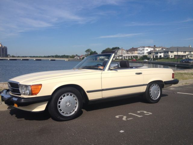 1989 Mercedes-Benz SL-Class 2dr Coupe Roadster