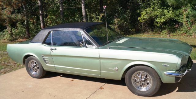 1966 Ford Mustang 200 hp Hard Top Coupe