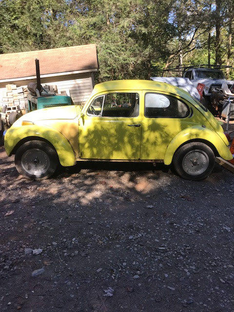 1971 Yellow Volkswagen Beetle - Classic with Black interior