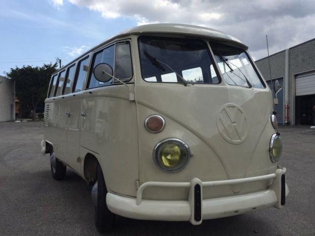 Volkswagen bus split windows 15 windows k o m b i for for 15 window bus for sale