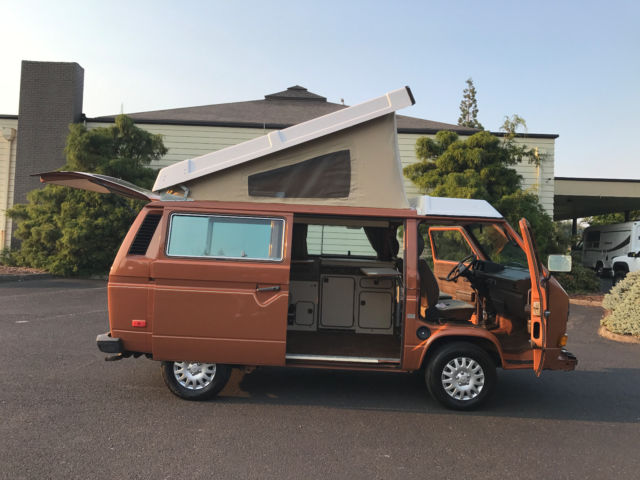 1982 Volkswagen Bus/Vanagon Campmobile Van Camper 3-Door Westfalia