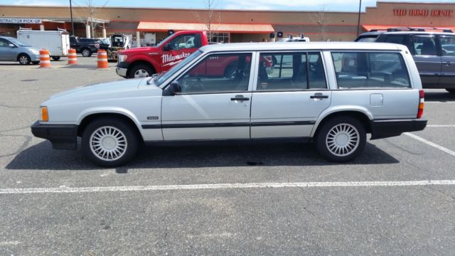 Volvo 940 Wagon Not A 240 Just Listed With Them